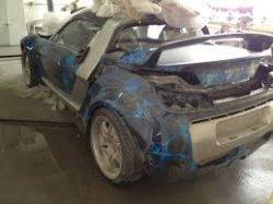 Покраска вмятин автомобилей в специализированных мастерских